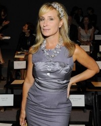 Sonja Morgan FASHION NIGHT OUT LUCA LUCA 2011